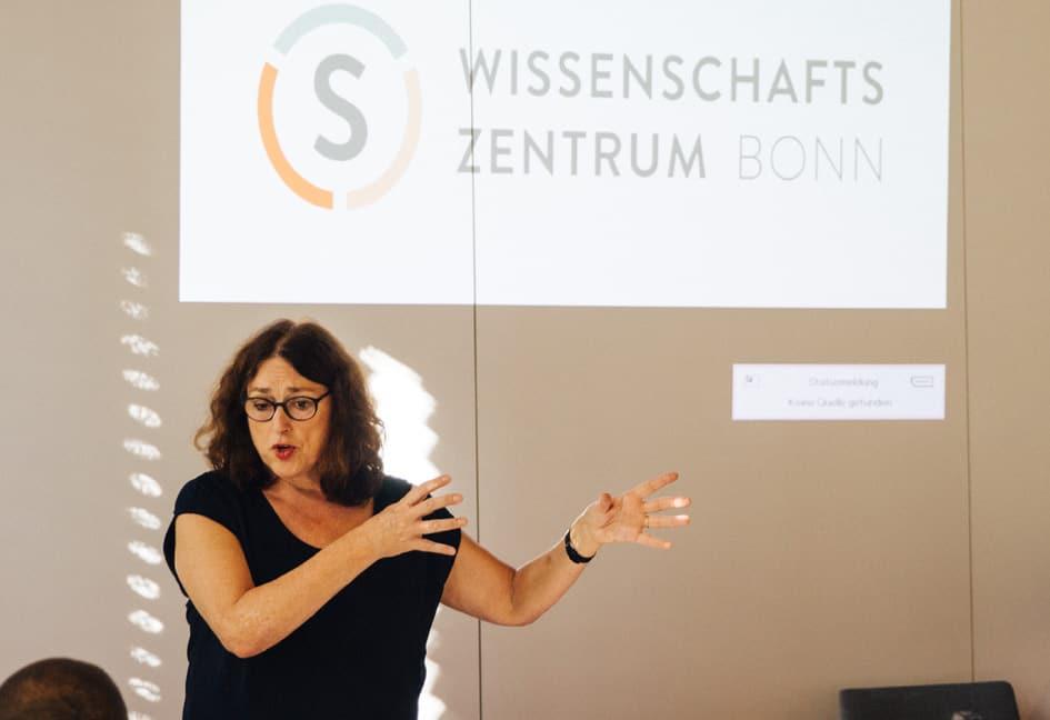 Monika Griefahn bei ihrem Vortrag.