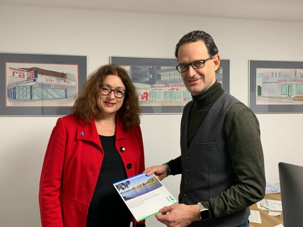 Monika Griefahn mit Patrick Marx, Vorsitzender der Mülheimer Bürgerstiftung