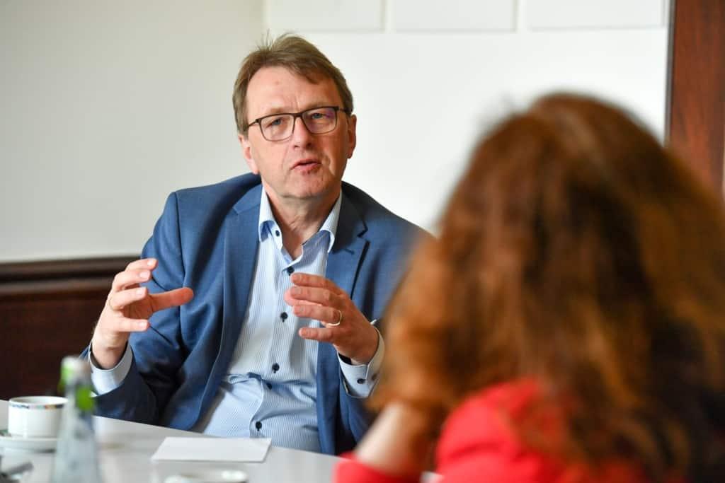 Monika Griefahn trifft Jürgen Schnitzmeier, ZENIT