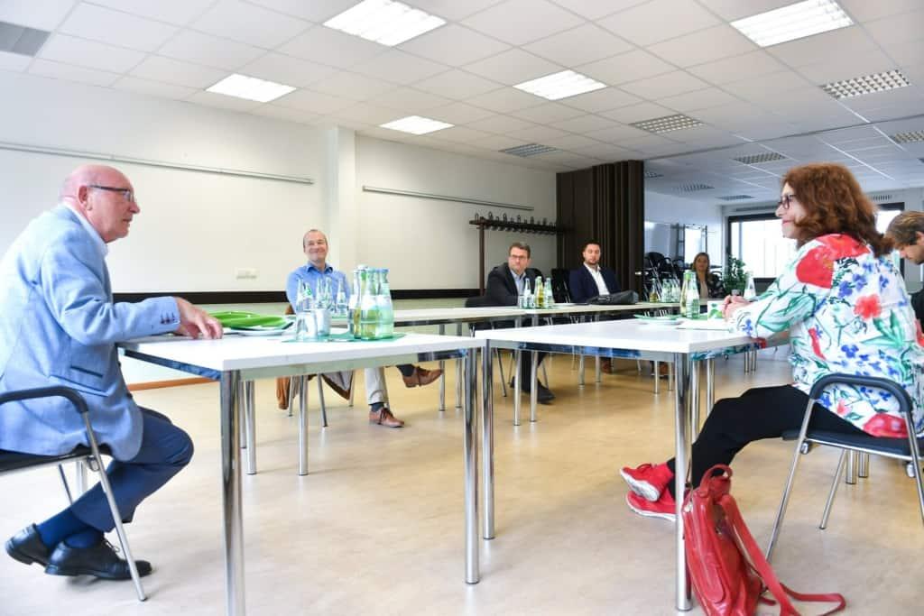 Monika Griefahn mit Vertretern der Mülheimer Sportbundes (MSB)