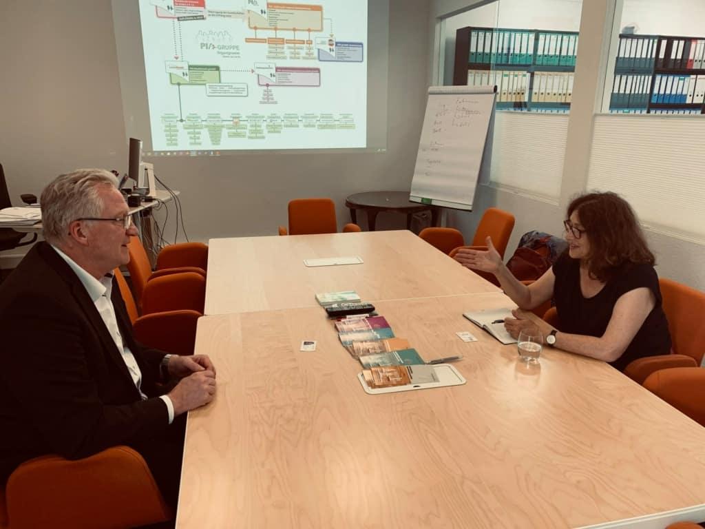Monika Griefahn bei der Paritätischen Initiative für Arbeit (PIA) mit Frank Schellberg