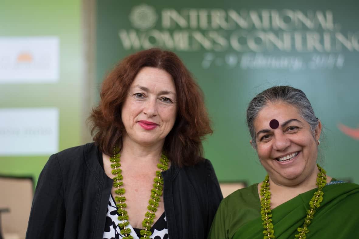 2014: Monika Griefahn mit Vandana Shiva, Kämpferin gegen genmanipulierte Lebensmittel und eine Frau, die weiß, was sie will.