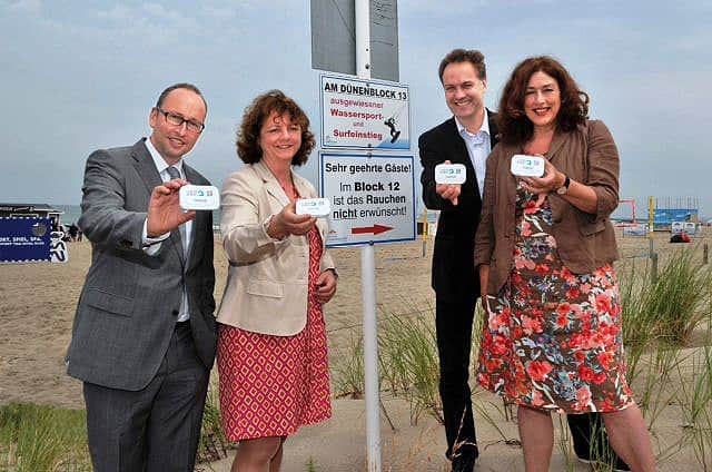 2014: Kick-off event to present AIDA Friend of the Ocean's new mobile ashtray for the beach.