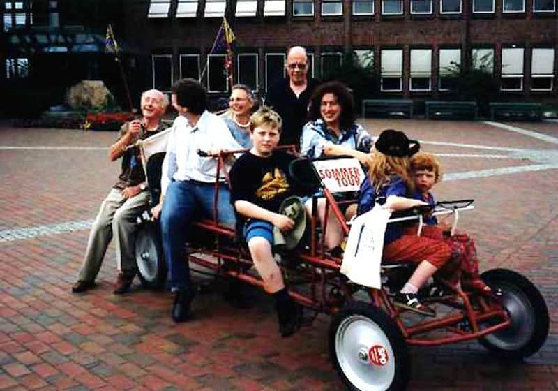 "1999: Family and supporters of Monika Griefahn, travelling on the famous ""bikemobile""."